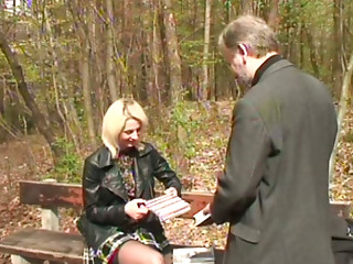 Slender blond milf gets her cunt eaten by horny grey-haired daddy in the park
