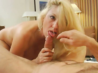 Zealous mom Cala gives a head to kinky cock