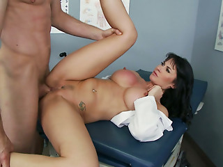 Gorgeous brunette cougar Eva Karera bangs and rides dude in the hospital