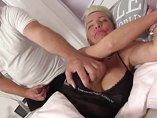 Guy wakes up and fuck busty granny