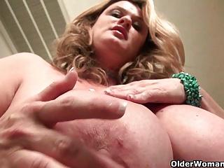 Curvy milf Jewels Carter plays with cameraman's dick