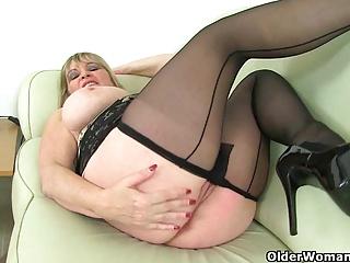 Britain's sexiest milfs part 12