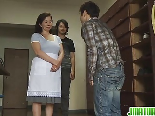 Chizuru Knows How To Please Cocks