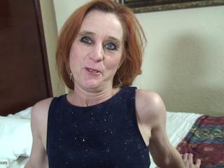 Mature granny maggie Sue gets anal
