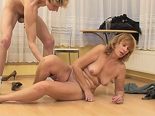 Old mature gal sucking young cock and getting fucked