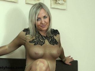 Ala Shows Off Her Pantyhose