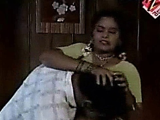 mazee serial hot tamil aunty seduced by servant