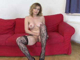 Blonde MILF Marketa aka Malisa masturbates
