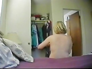 Mature masturbates on hidden cam