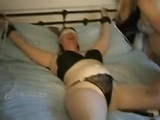 UK housewife bound up and serviced by lesbo
