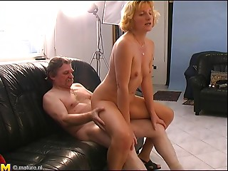 Wicked old bitch enjoys being plugged with a palpitating meat pole