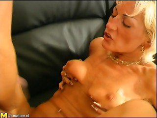 Experienced blond called Tiffany getting pounded on the daybed