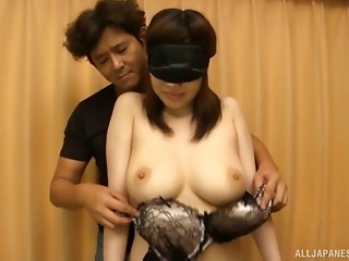 Blindfolded hotty Mizuna knows what to do with the powerful erection