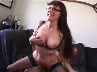 Delightful matured dame in nylon nylons having a unfathomable mouth pulsating