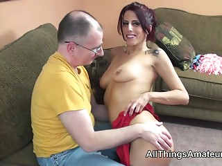Thin cougar with hawt body sex with grandad