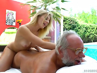No thing would please her greater quantity than having that geezer's cock in pussy!