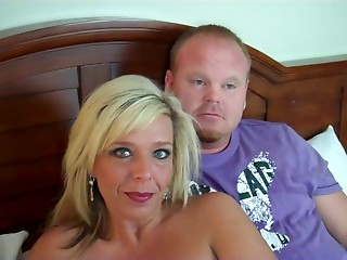 Couples exchange in a hotel room and the sex is excellent