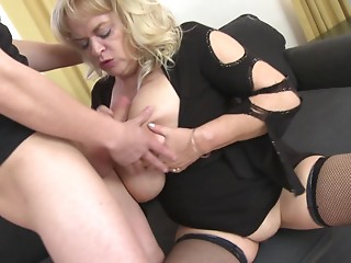 No one finds giving titjobs easier then the bigtitted Helana!