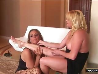 2 nice-looking long-haired hotties having some pleasure on the floor