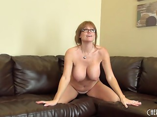 Studious Cougar Darla Crane buts on a great large tit web camera show