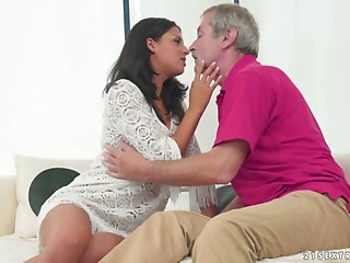 Older stud with lots of energy copulates a marvelous hotty in her moist twat