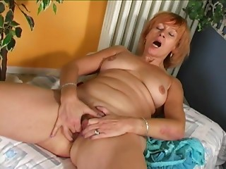 Randy older lady toying with her aching & hungry wet crack