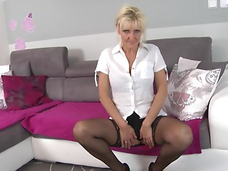 Hawt elder blond playgirl acquires her love tunnel plugged by hard shlong