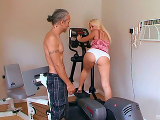Mature man with grey hair bangs a smokin' sexy golden-haired chick