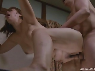 Curvy Exotic strokes his aged dong and takes it in her cookie