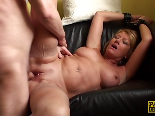 Old slut on the prowl acquires her vintage bawdy cleft pounded hard