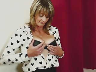 Unfathomable snatch masturbation with the mother I'd like to fuck who can't live without the solo sessions