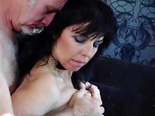 Elder whore with large mounds receives screwed by an aged stud