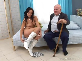 Eliss Fire allows an old dude fuck her shaved pussy from behind