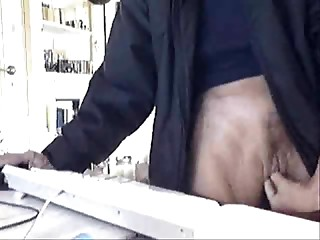 Hidden livecam in family abode tapes some sexy shit