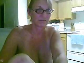 Sexy Blonde Mature Amateur Masturbates With a Dildo On Webcam