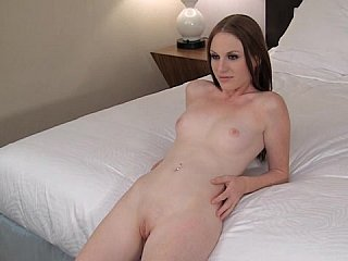 Playing with Twenty year mature snatch