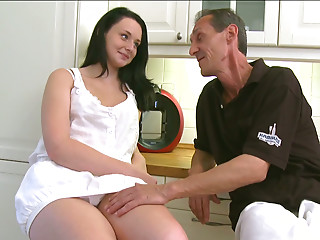 Plump nice-looking gal Tiffany enjoys vehement snatch licking in juvenile and mature sex video
